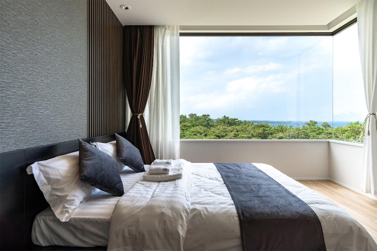 Fuchaku Building A Living Room